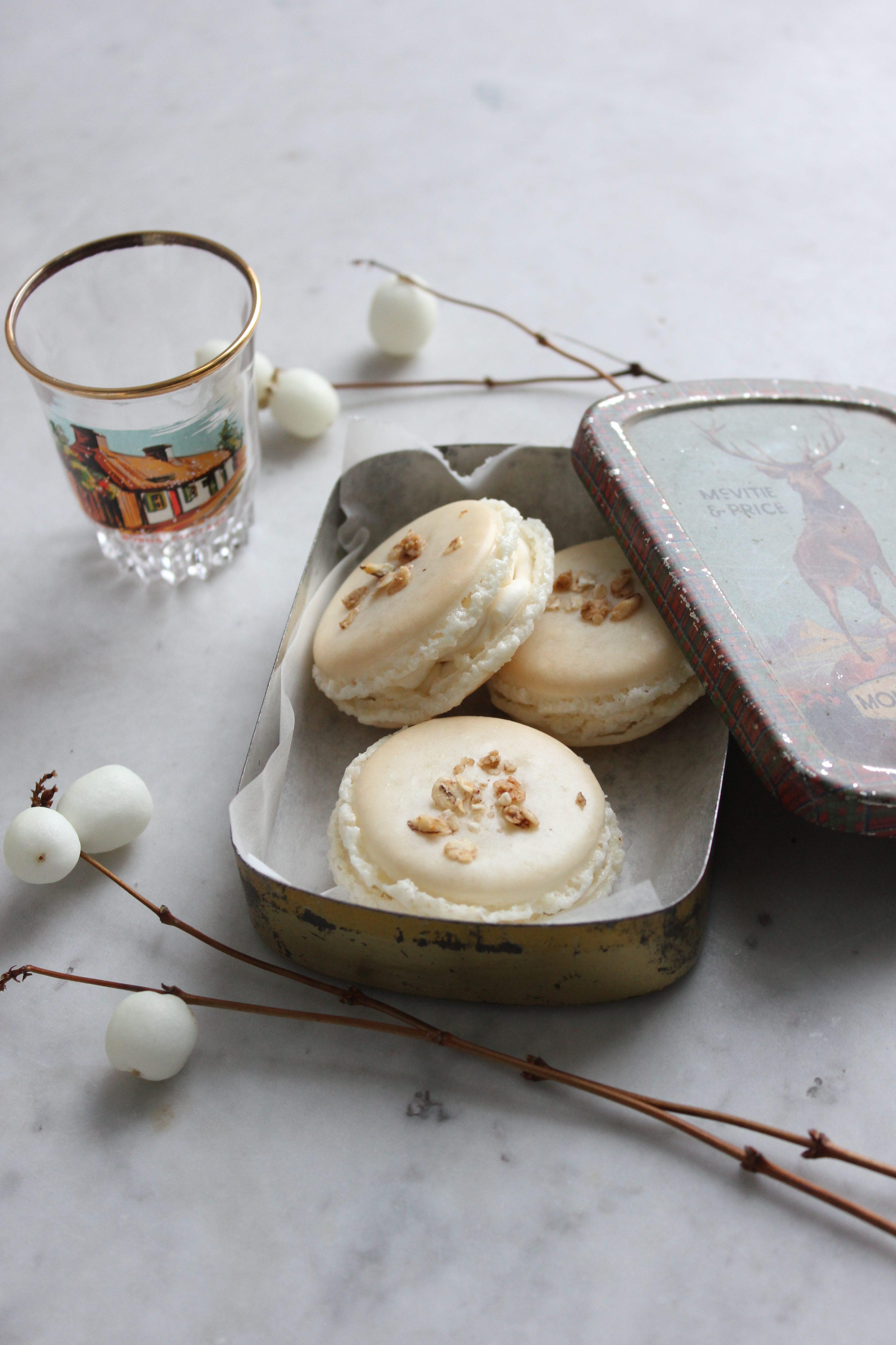Cranachan macarons