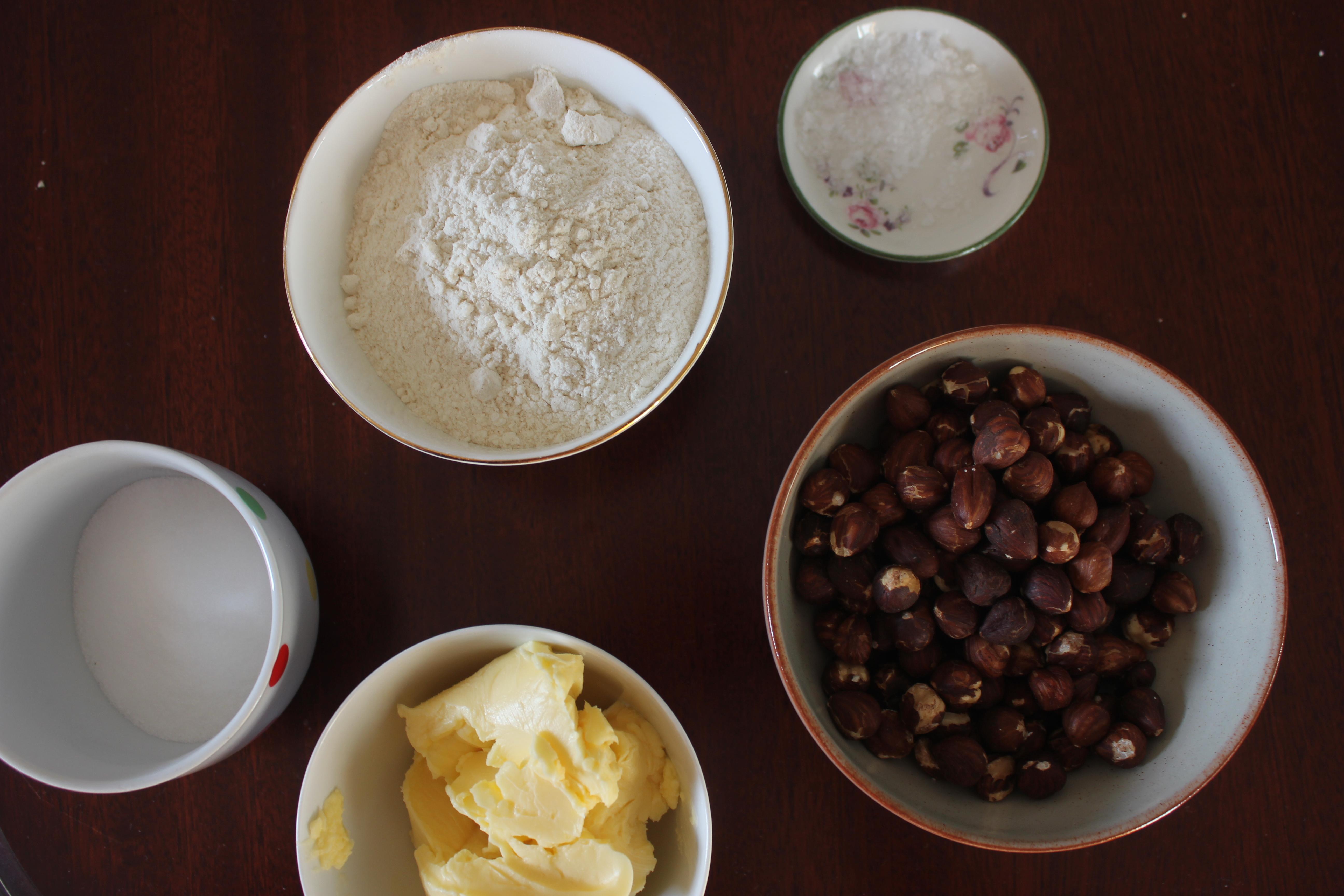 Hazelnut salted caramel shortbread
