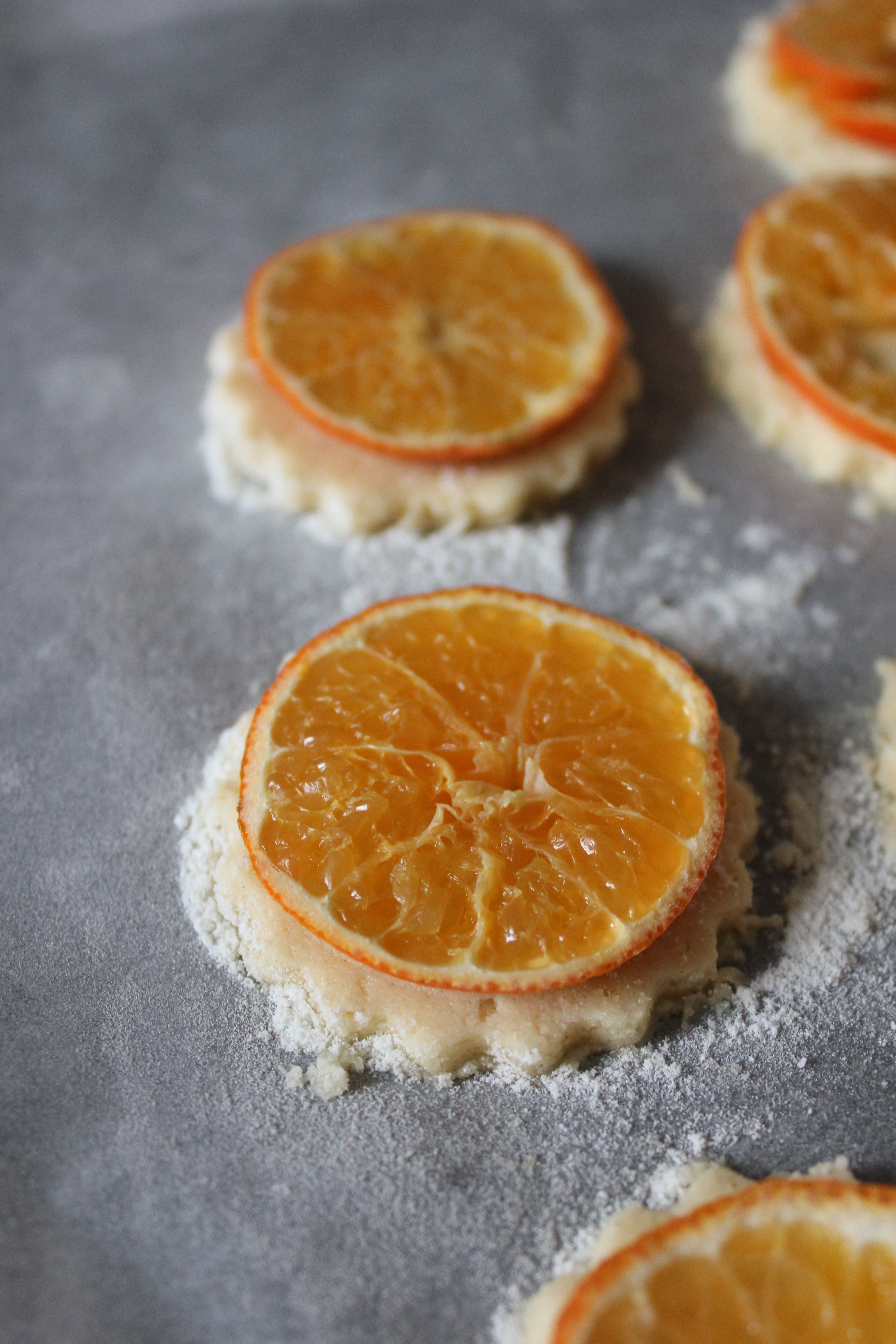 Glazed clementine and cardamom shortbread