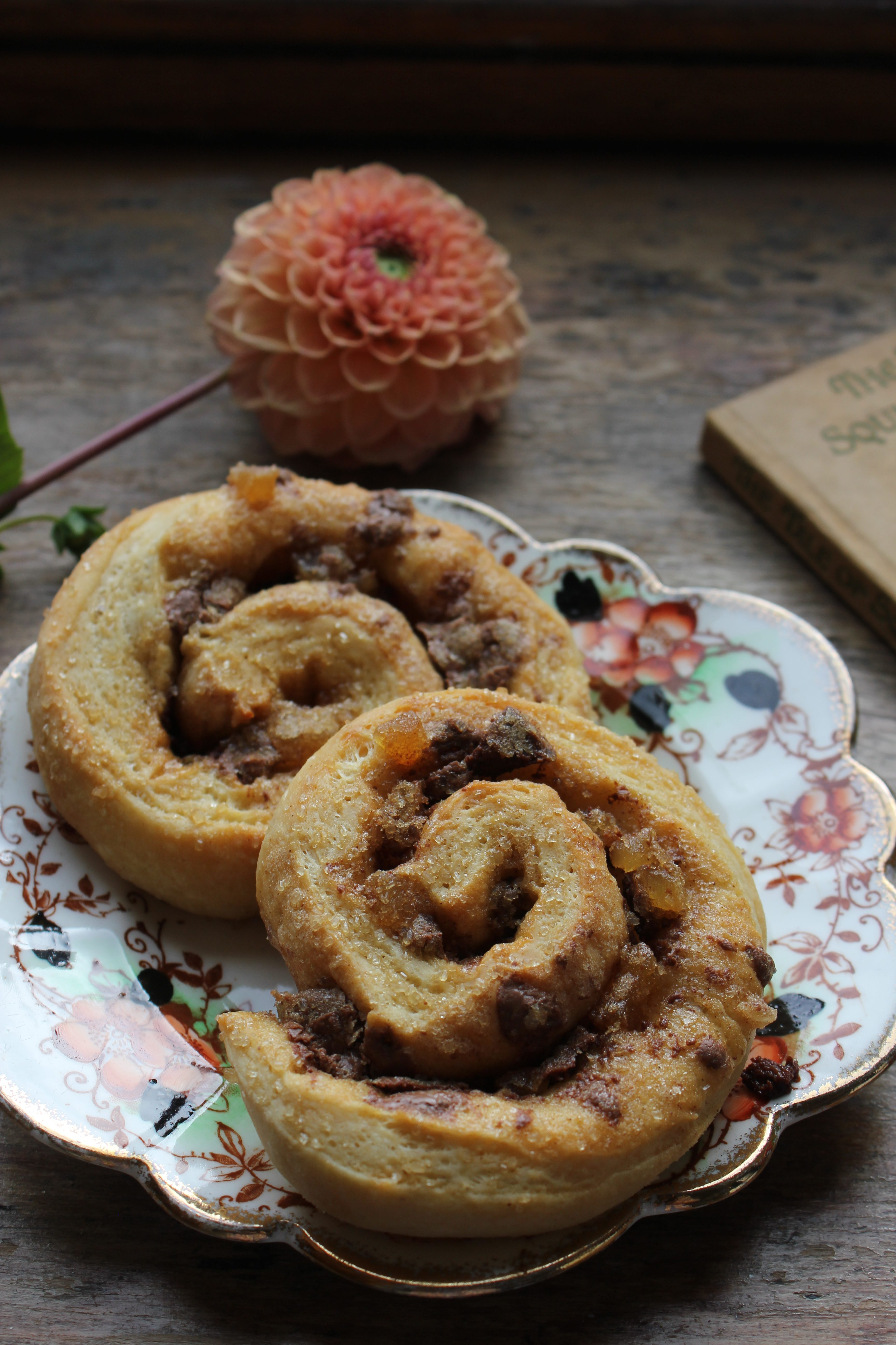 Ginger and Chocolate Buns