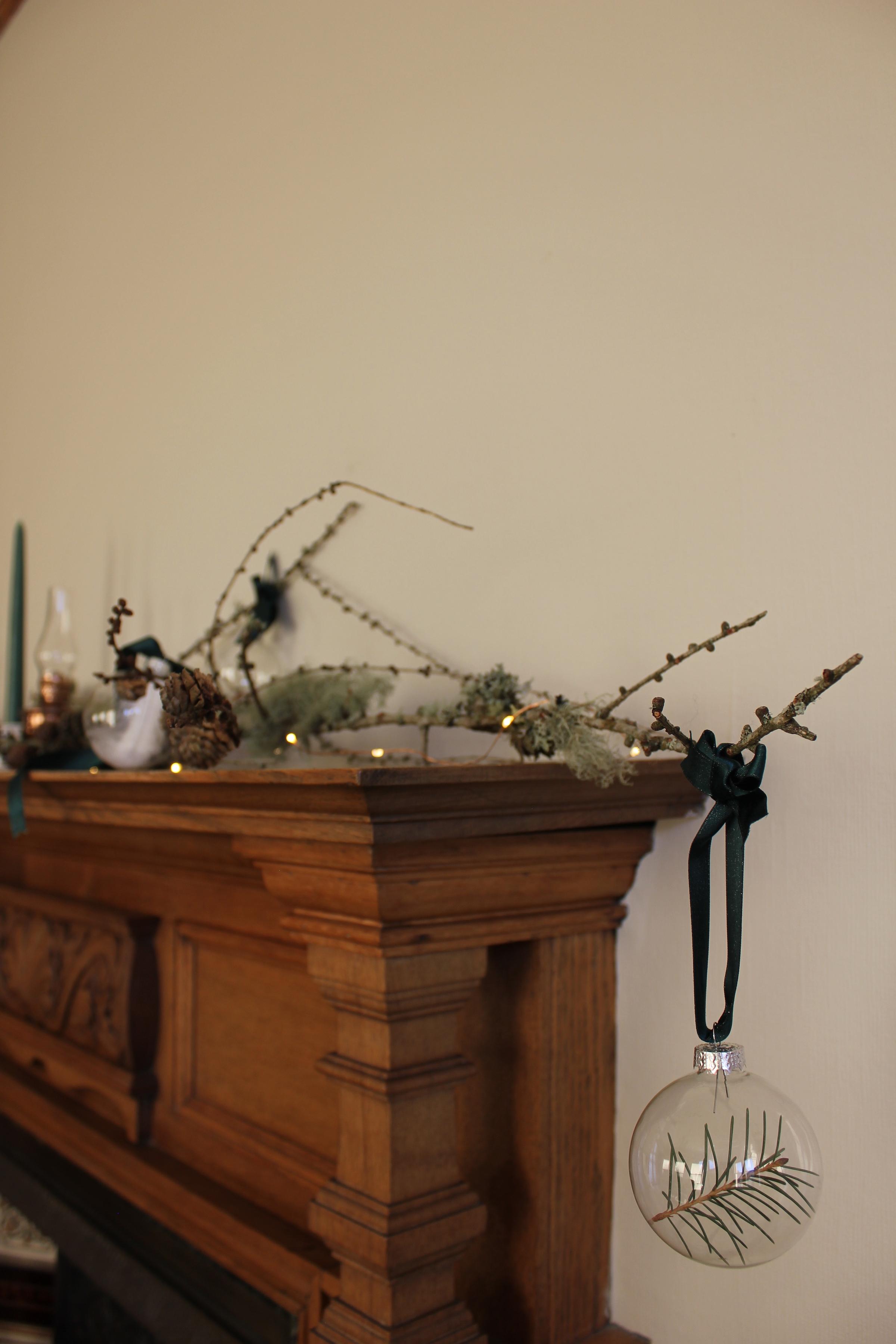 DIY Foraged Christmas Baubles