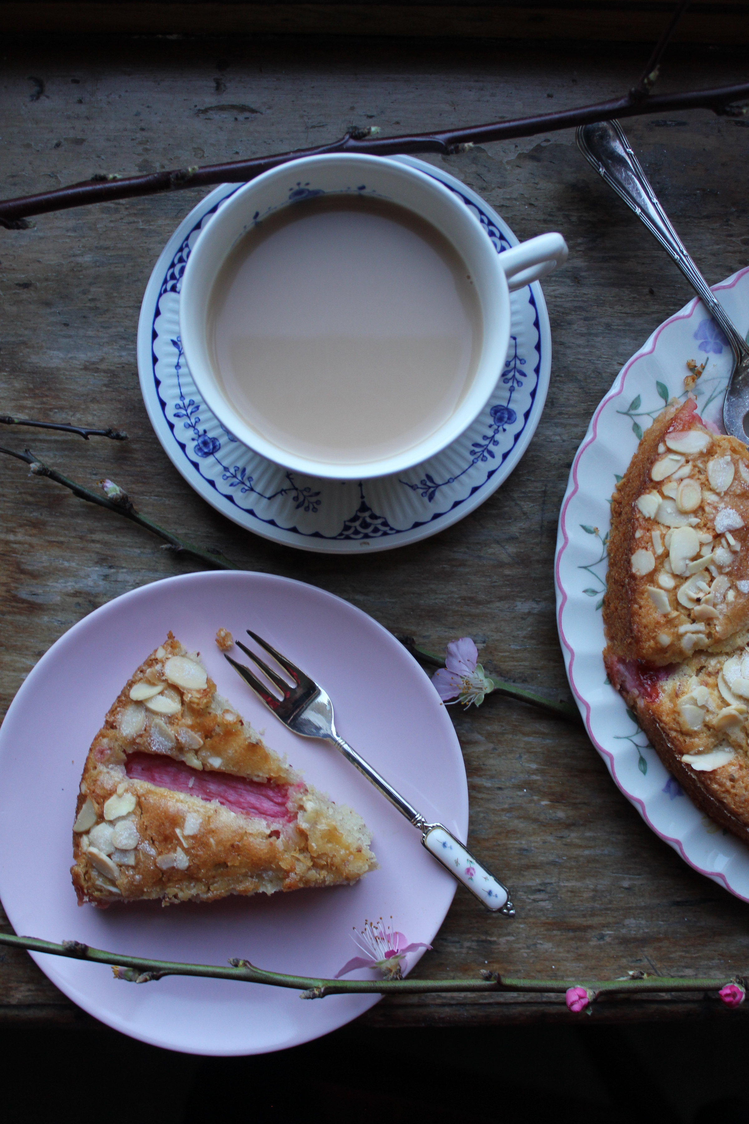 Rhubarb and almond cake