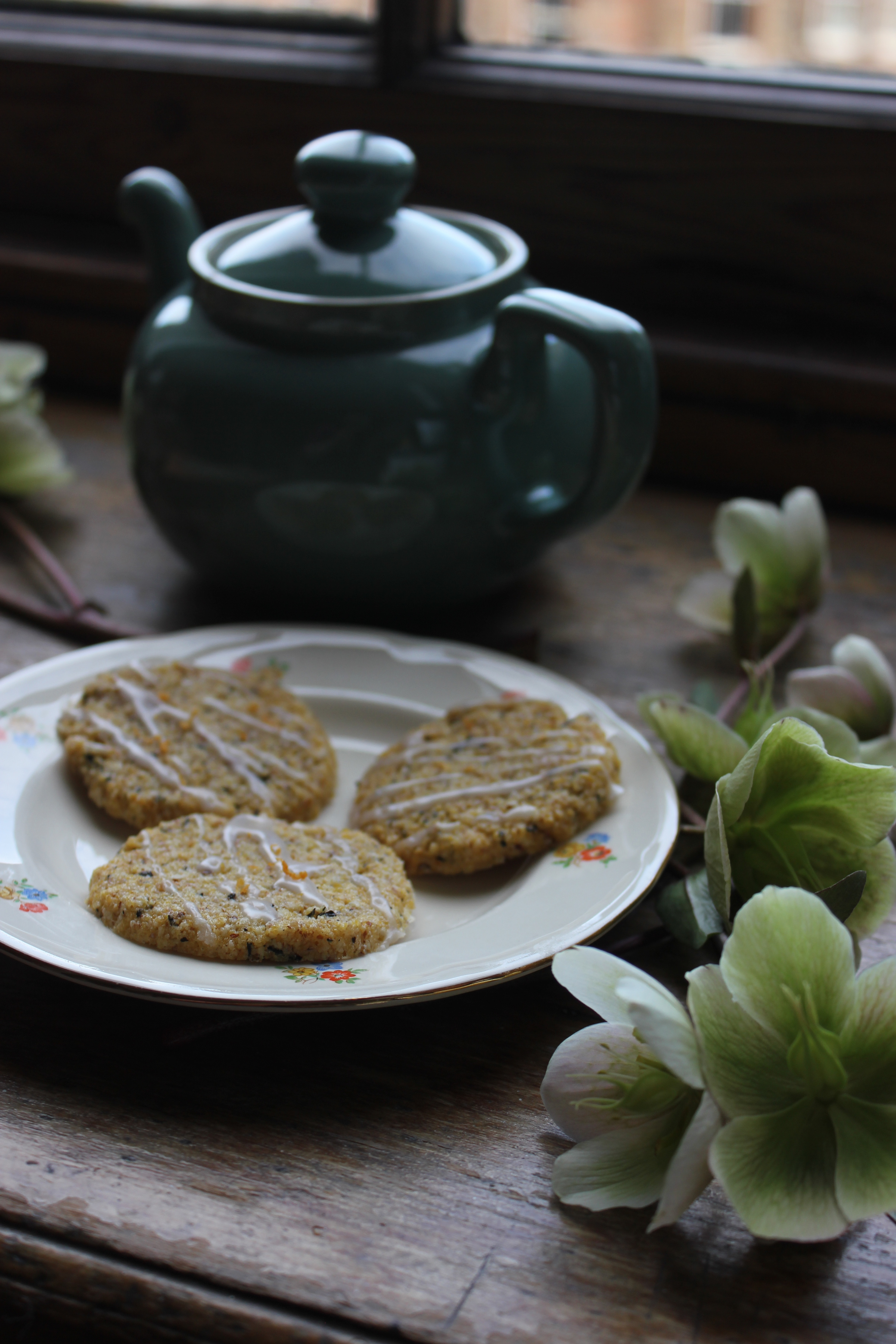 Earl Grey, almond and grapefruit shortbread