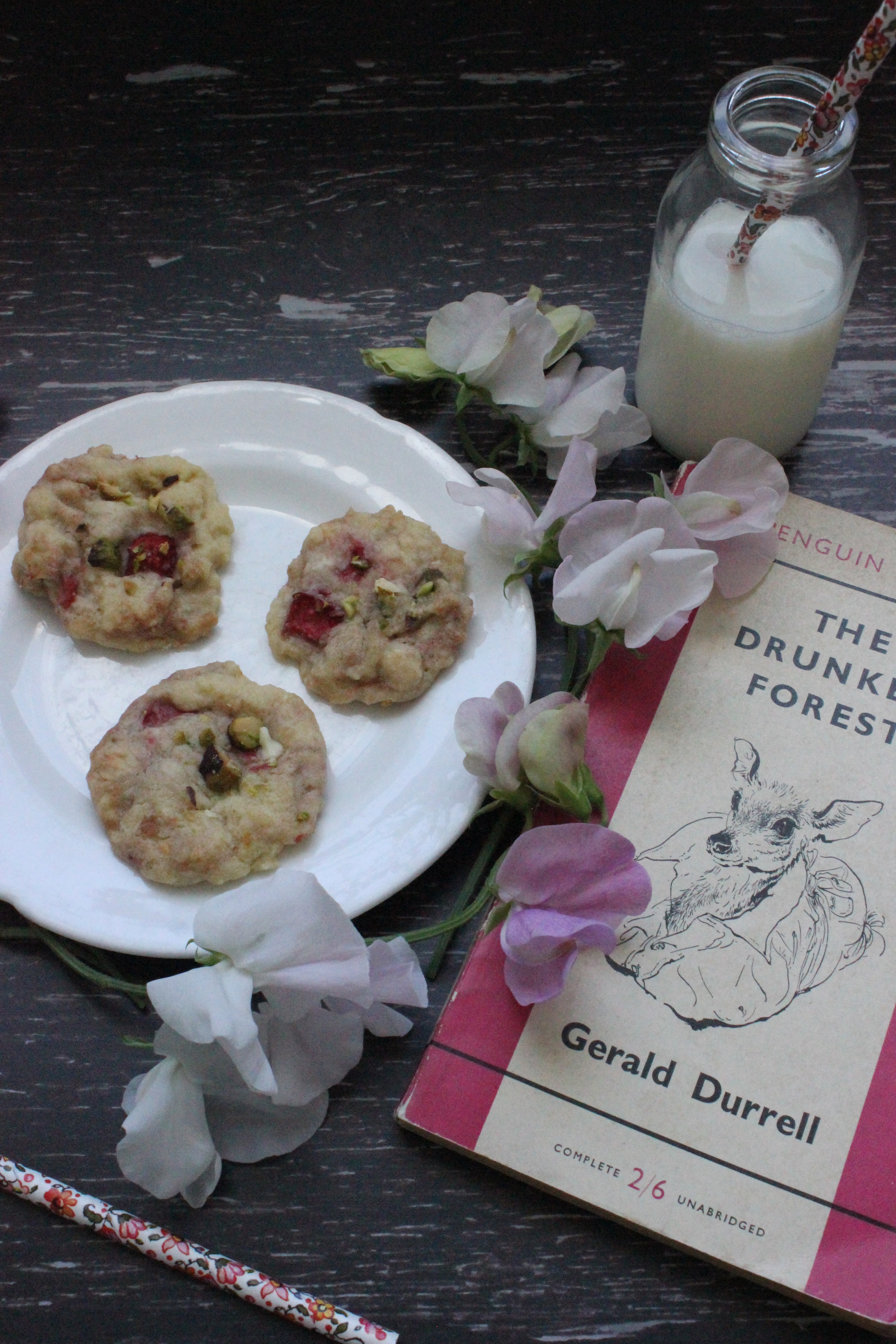 White chocolate, strawberry and pistachio cookies