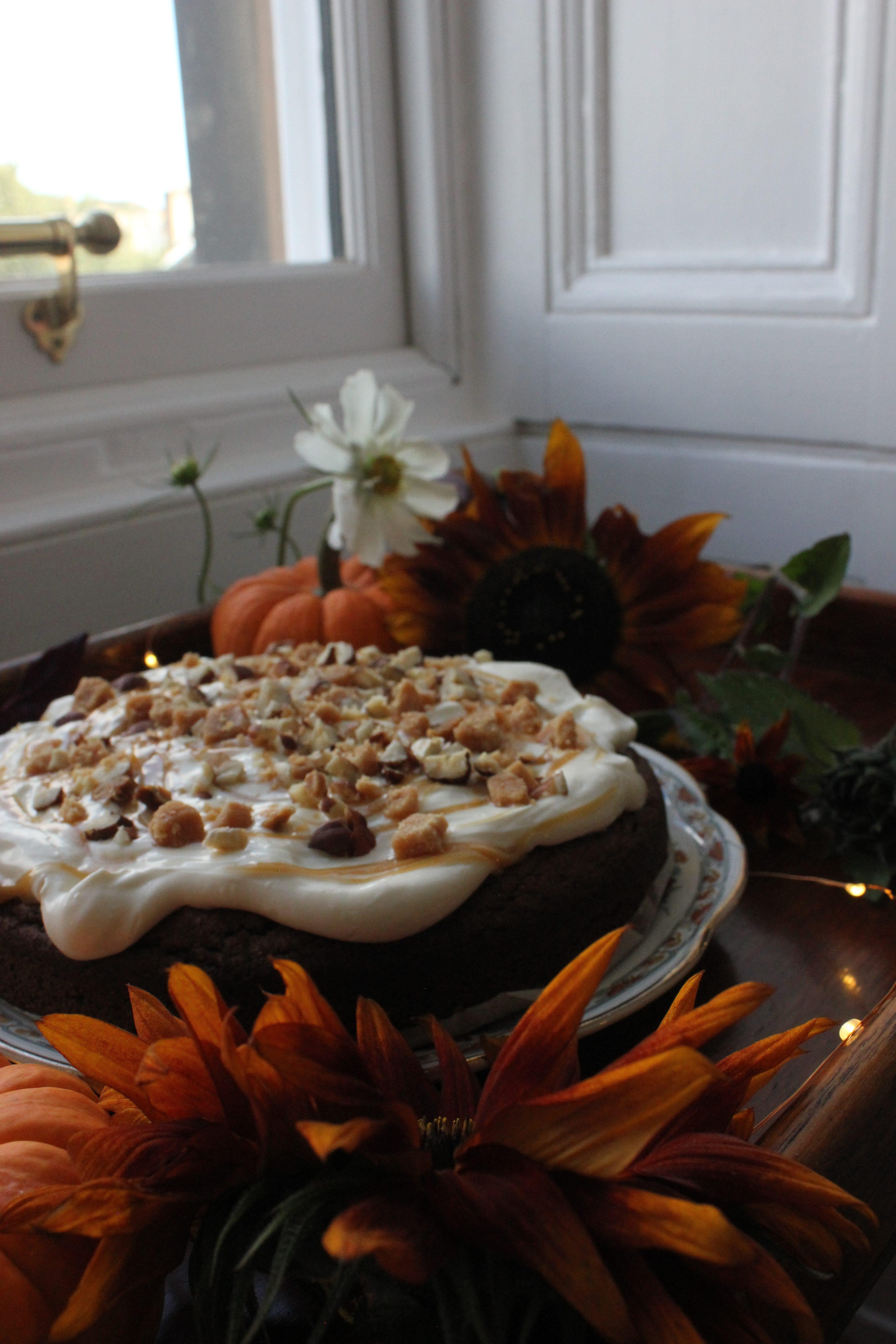 Salted Caramel Pumpkin Spice Cake