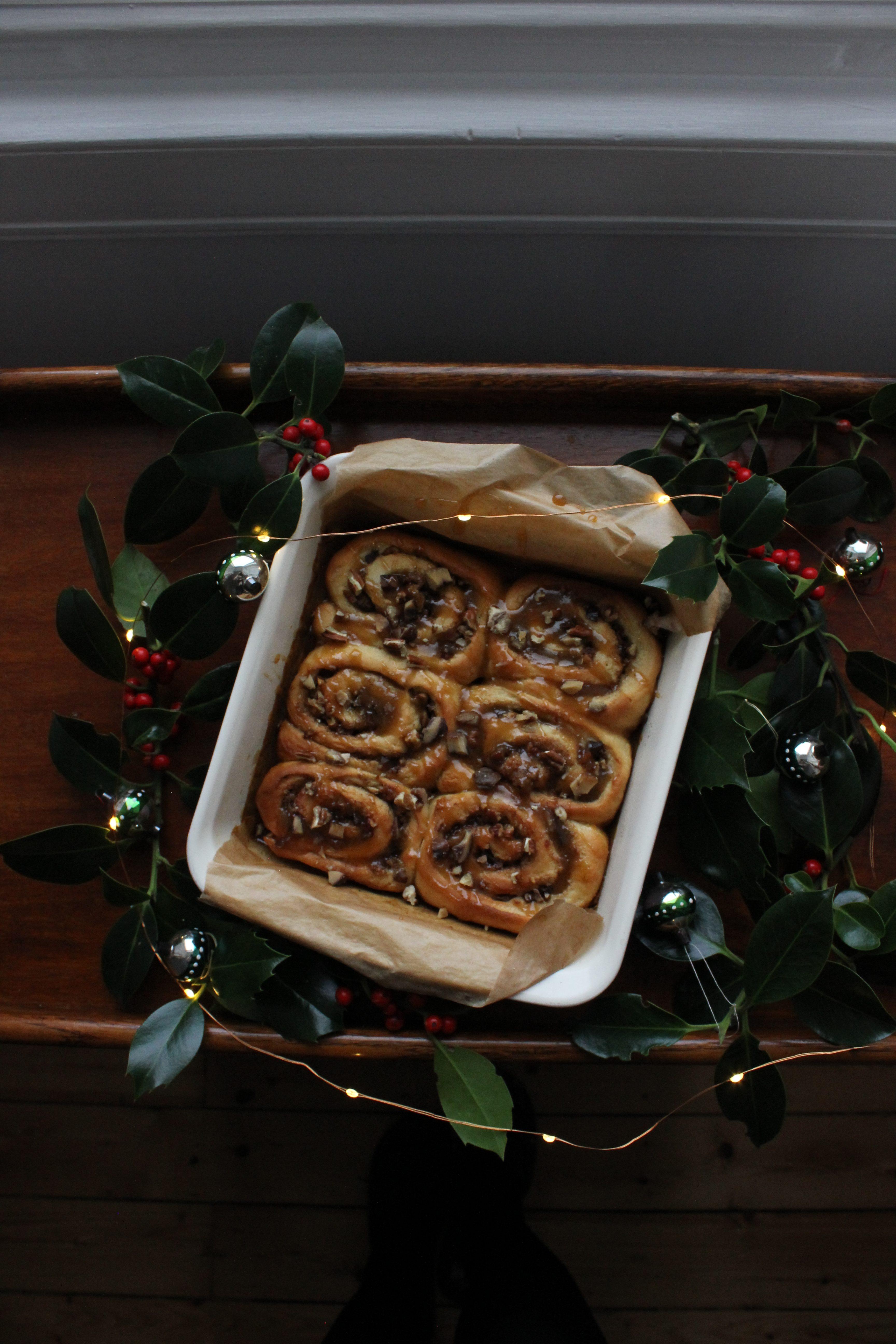 Sticky chestnut buns
