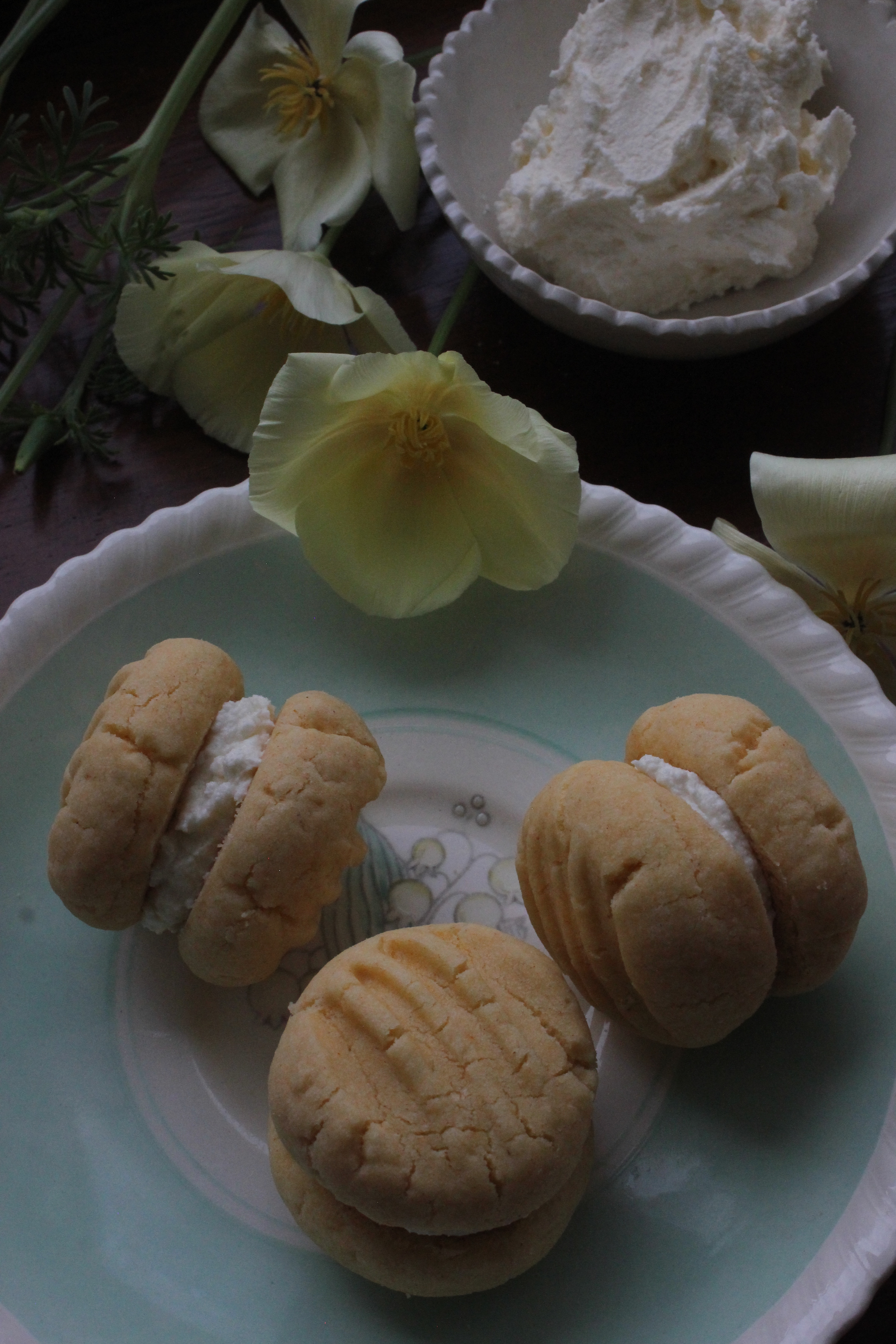 Elderflower Custard Creams