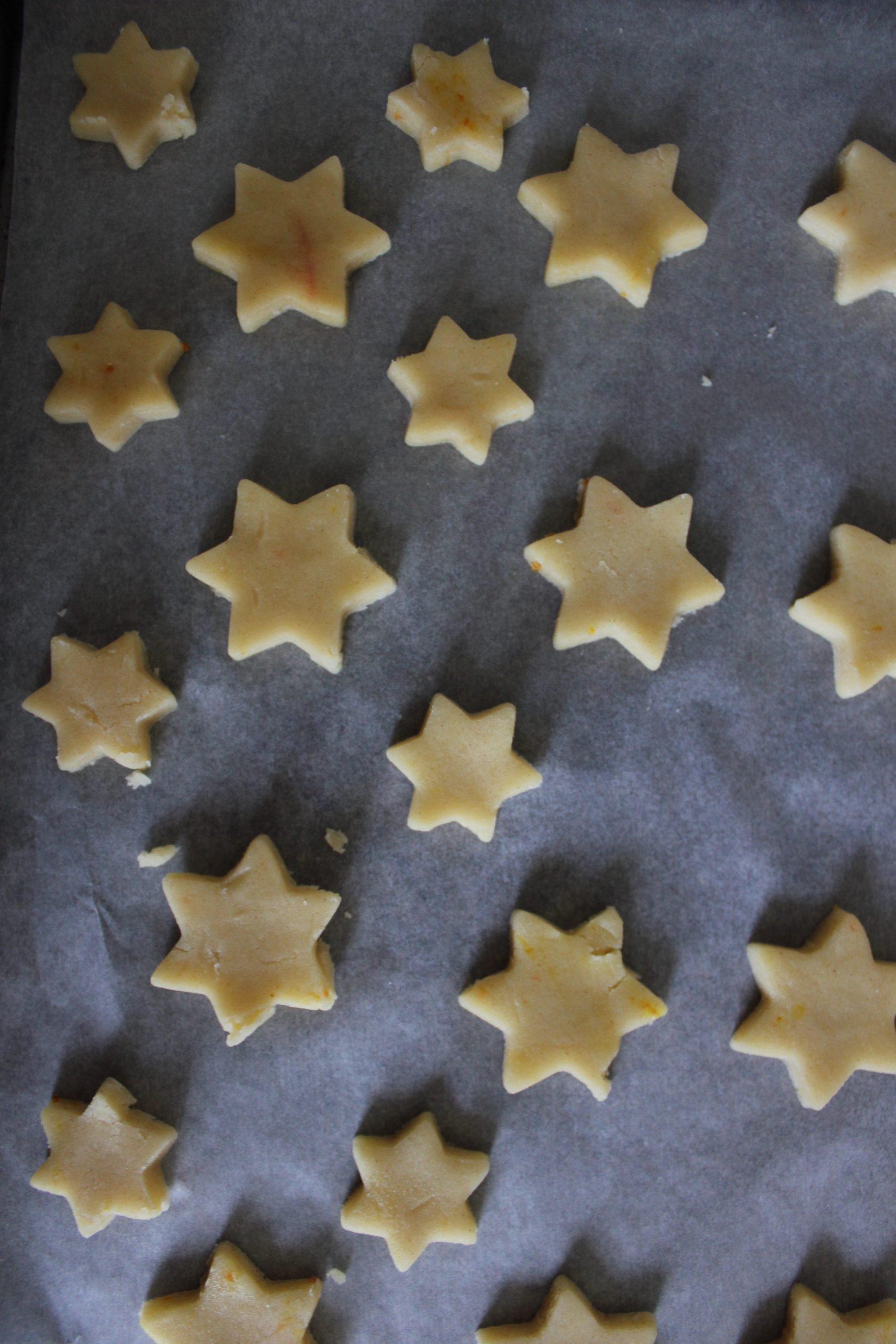 Shortbread stars with Hazelnut Ganache