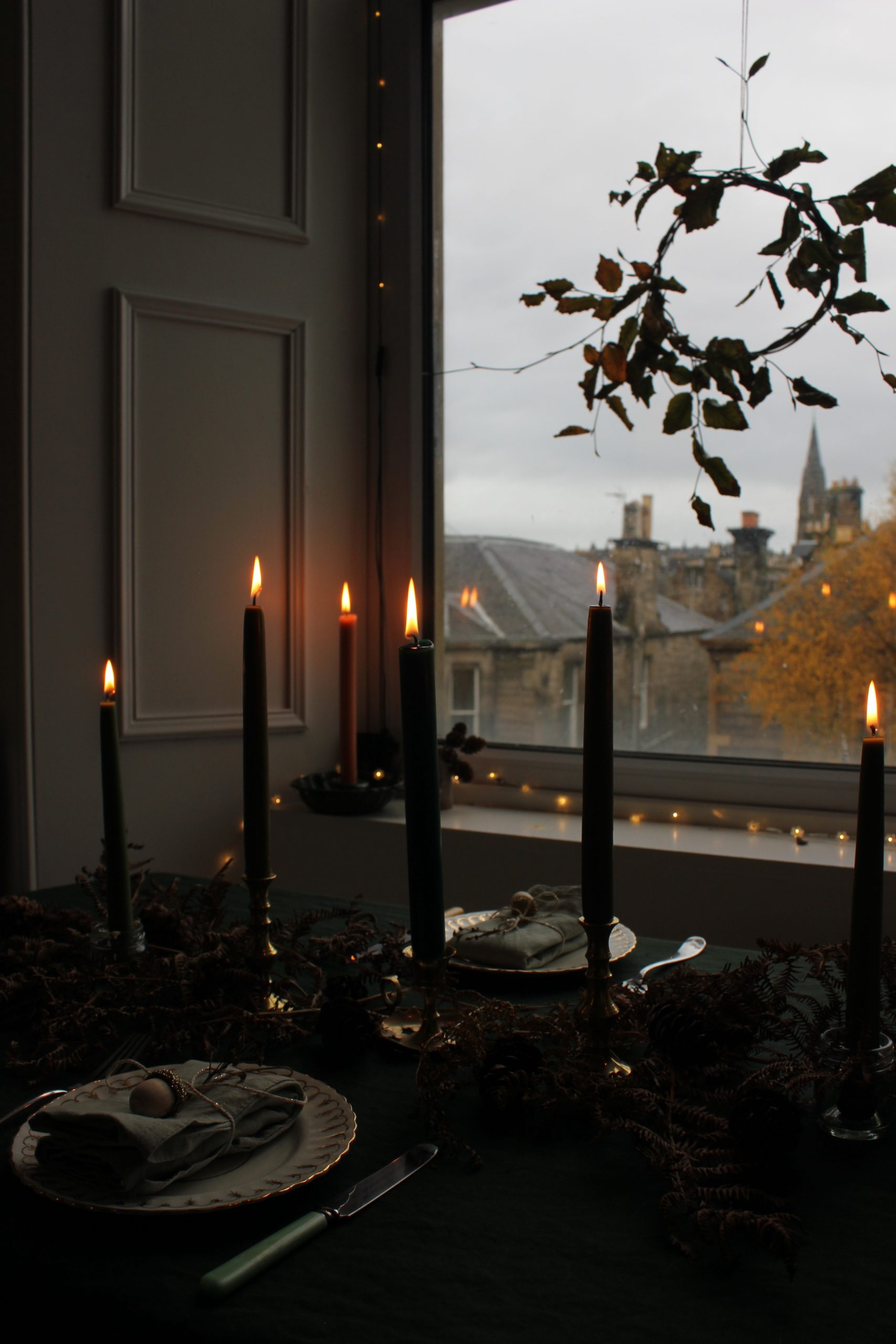 Autumn/ Winter Transitional Tablescape
