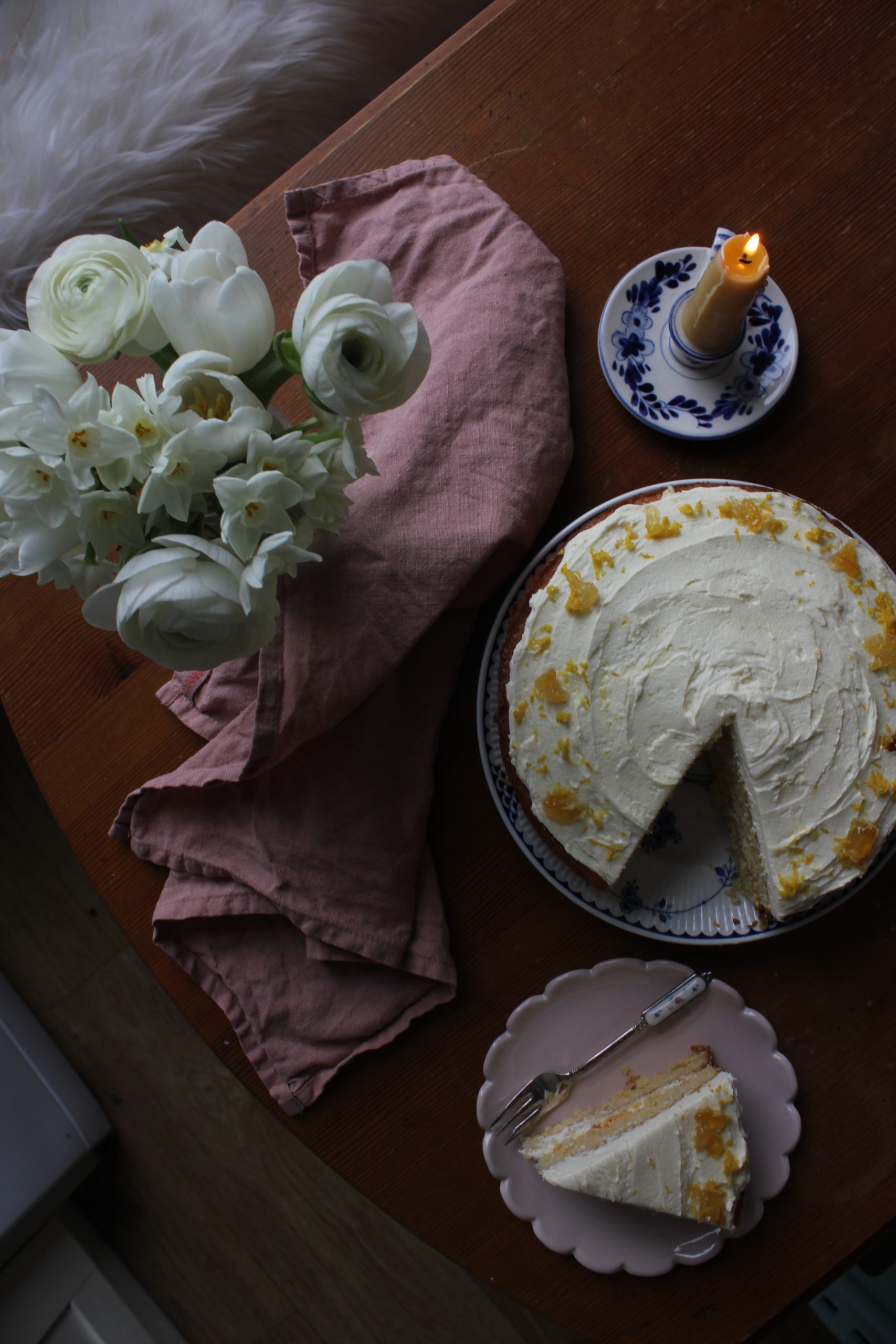 Lemon and Honey Drizzle Cake