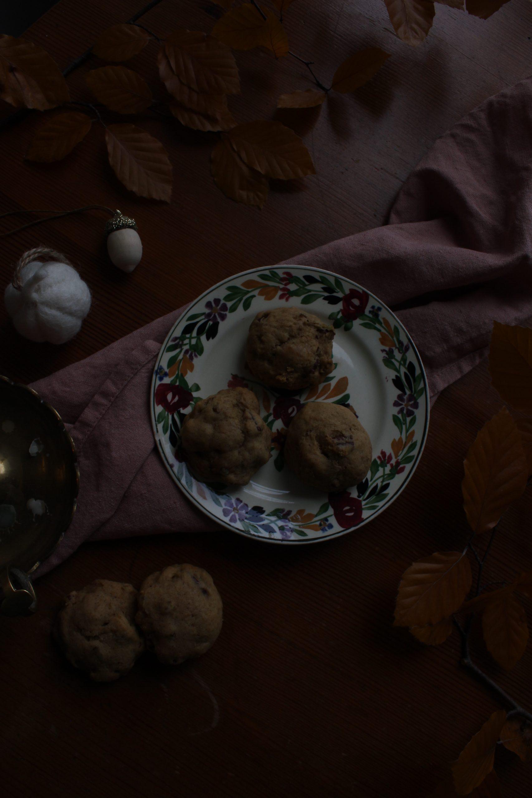 Pumpkin spice pecan cookies