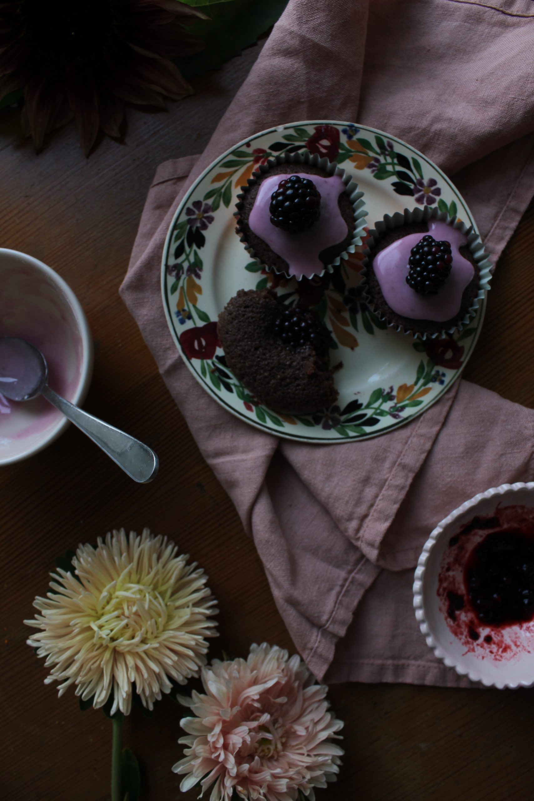 Chocolate and Blackberry Cakes